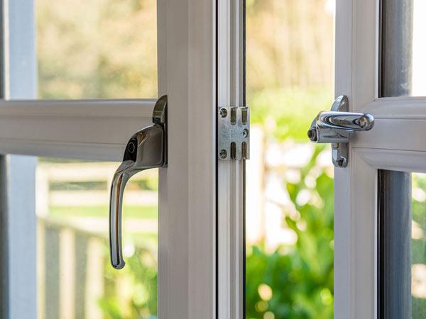 Serramenti pvc varese installazione vendita finestre - Finestre a risparmio energetico ...