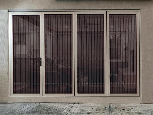Zanzariere per finestre varese costo montaggio vendita - Zanzariere per porte finestre prezzi ...